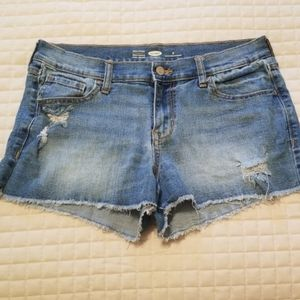 ON semi-fitted jean shorts
